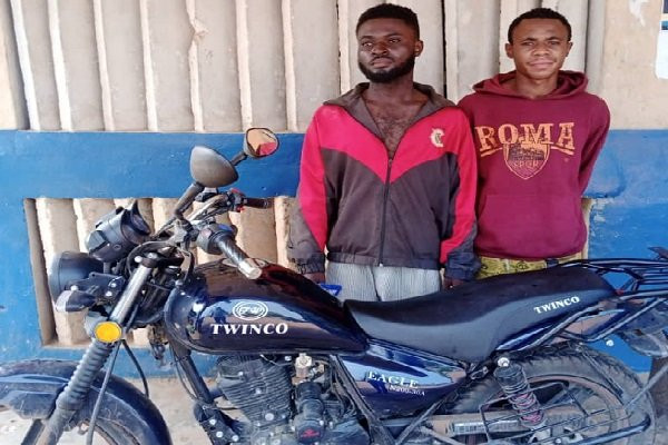 Dispatch rider arrested while fleeing with company