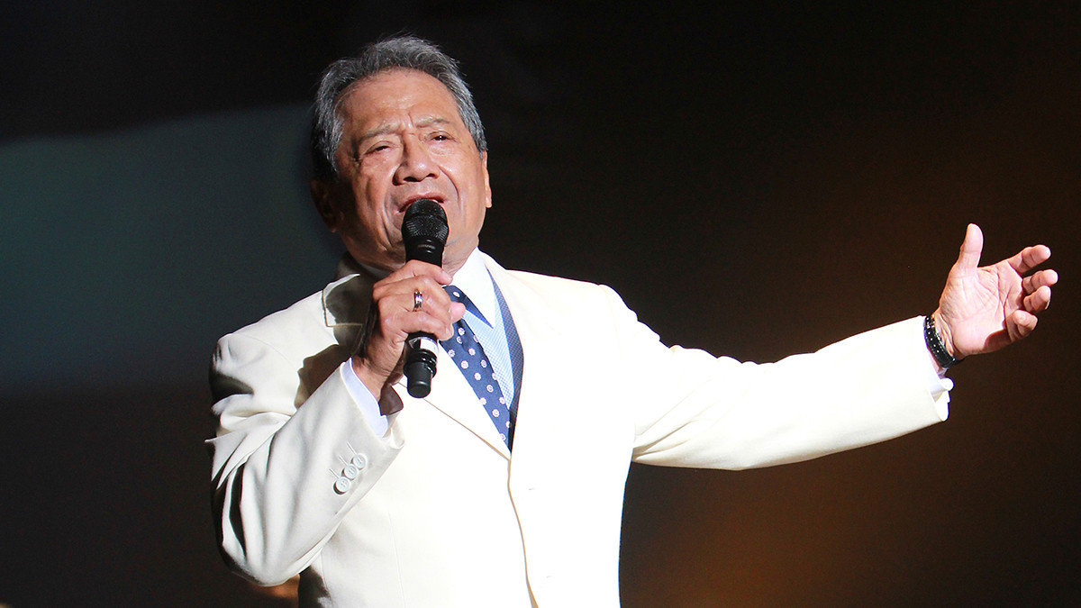 Legendary Mexican singer and composer, Armando Manzanero dies aged 85 after being hospitalized with COVID