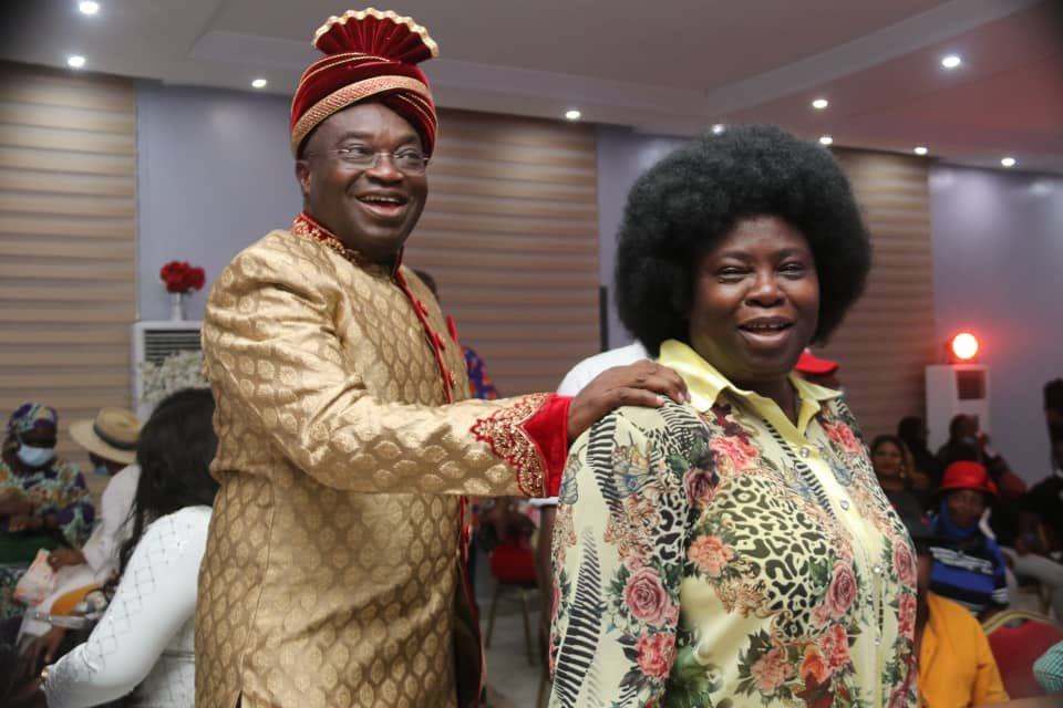 Abia state governor, Okezie Ikpeazu, and wife, Nkechi, celebrate 29th wedding anniversary in old school attires
