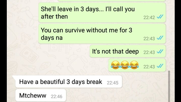 Girlfriend expresses her anger after her boyfriend