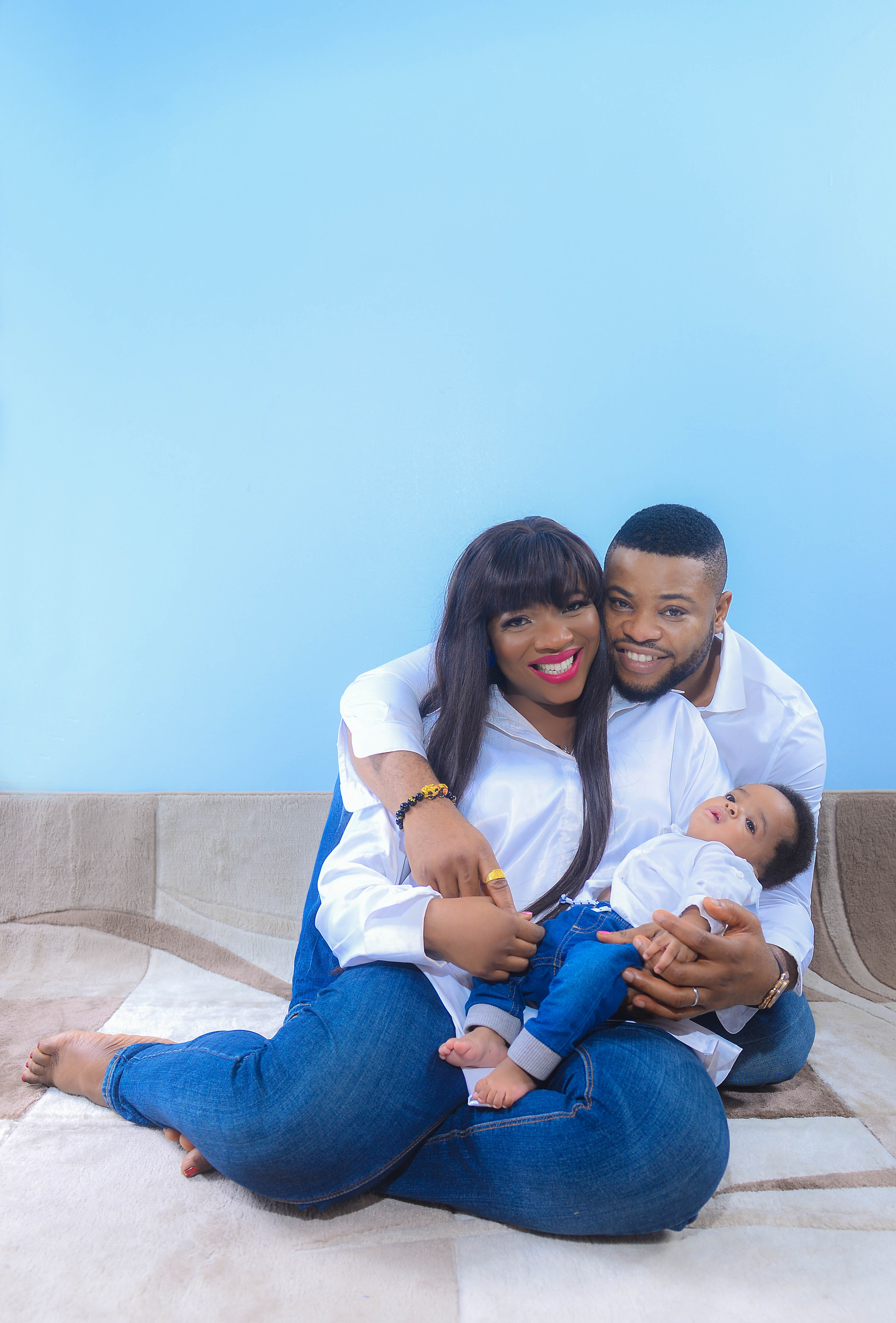 Event planner, Sandra Ikeji Samuel and hubby, Arinze, celebrate 1st wedding anniversary with lovely family photos
