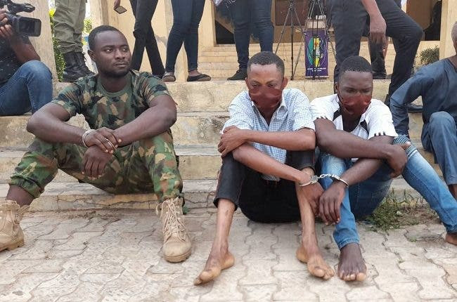Police constable, serving soldier arrested for armed robbery in Ondo