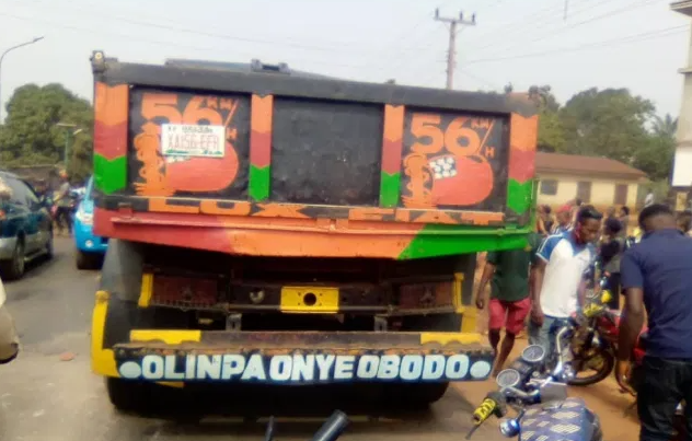 Tipper crushes motorcyclist to death in Anambra