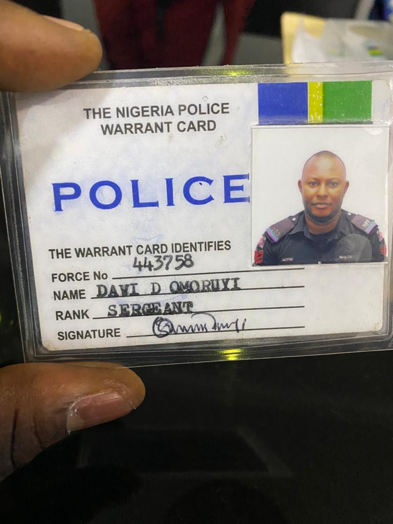 Lagos police command arrests POS robber and fake police seargeant with Indian hemp (photos)