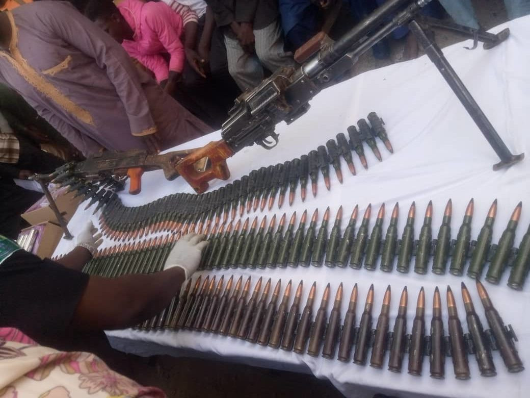 Suspected Niger Republic arms dealer and sons arrested in Katsina (photos)