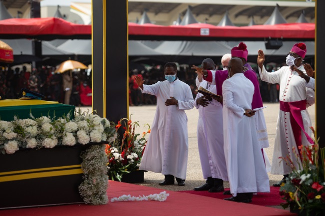 Former Ghanaian president, Jerry Rawlings laid to rest (photos)