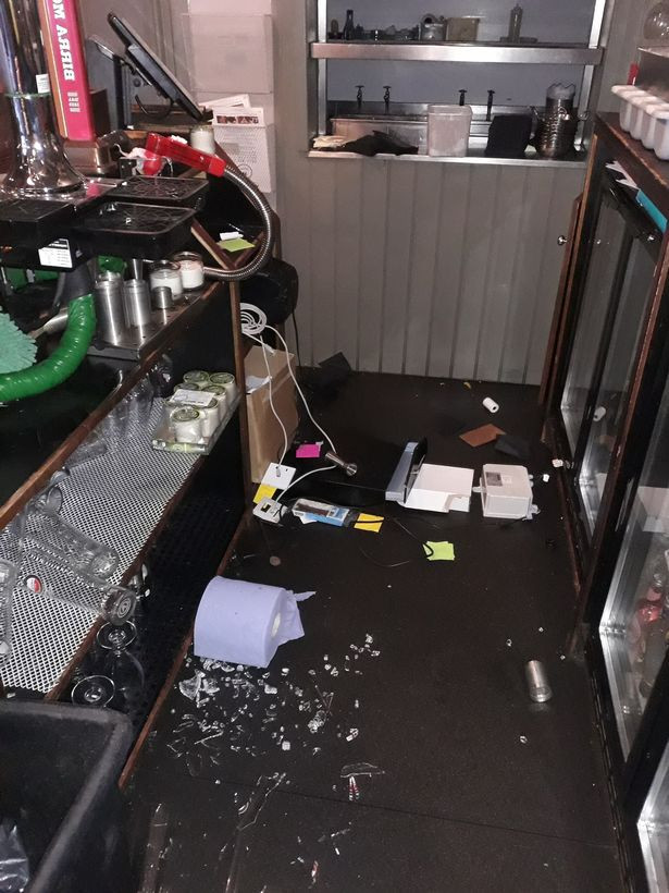 Burglar breaks into bar, gets drunk and falls asleep before being found by owner