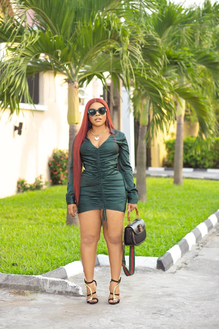 Fashion entrepreneur, Laura Ikeji Kanu shares hot new photos