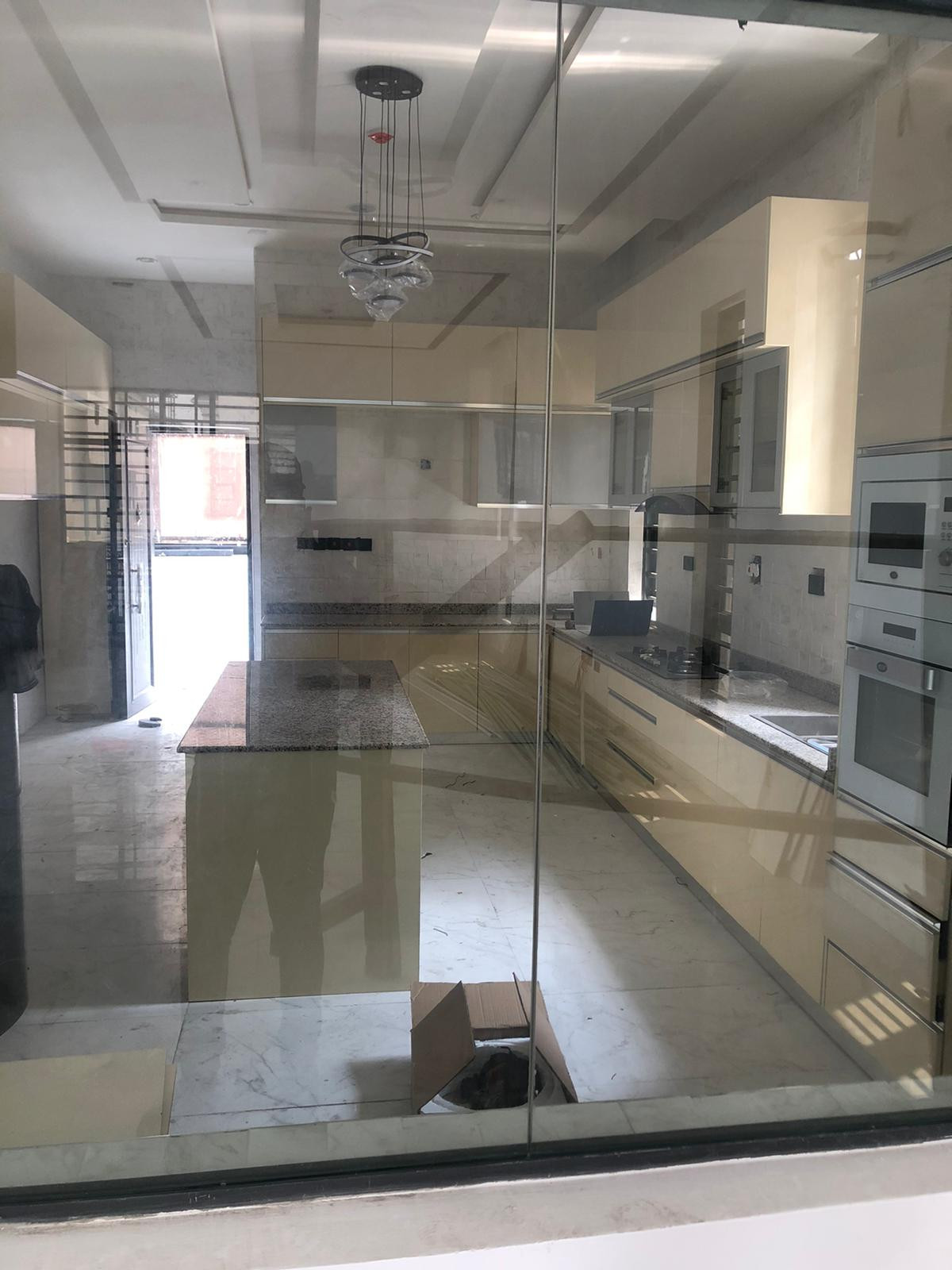Beautiful 5 bedrooms detached house in a beautiful estate in  Lekki available for sale