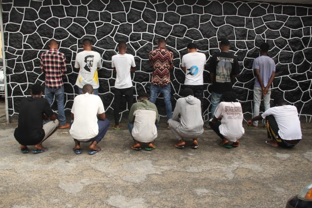 14 suspected internet fraudsters arrested in Lagos (Photo)