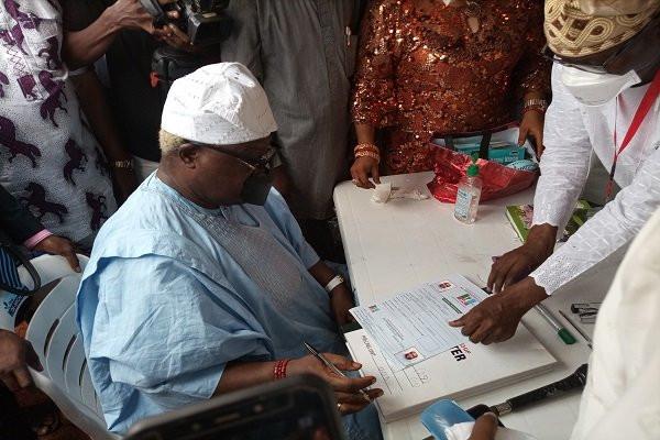 Former Osun deputy gov, Iyiola Omisore, defects to APC