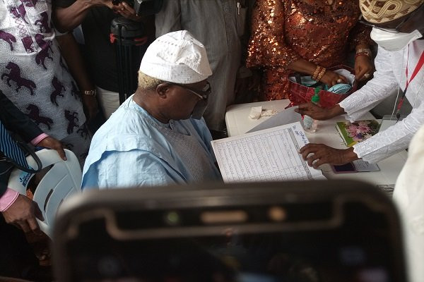 Former Osun deputy gov, Iyiola Omisore, defects to APC