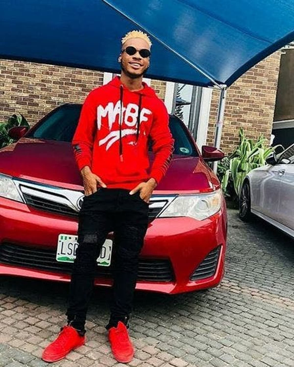 Dancer Poco Lee calls out Nigerian artistes for paying international dancers and asking Nigerian dancers to vibe to their songs for free (video)