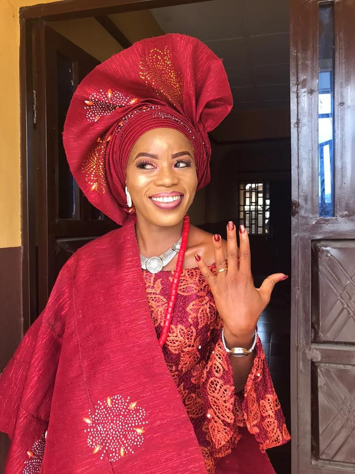 """""""Finally God showed me mercy"""" - Nigerian single mother celebrates getting married"""