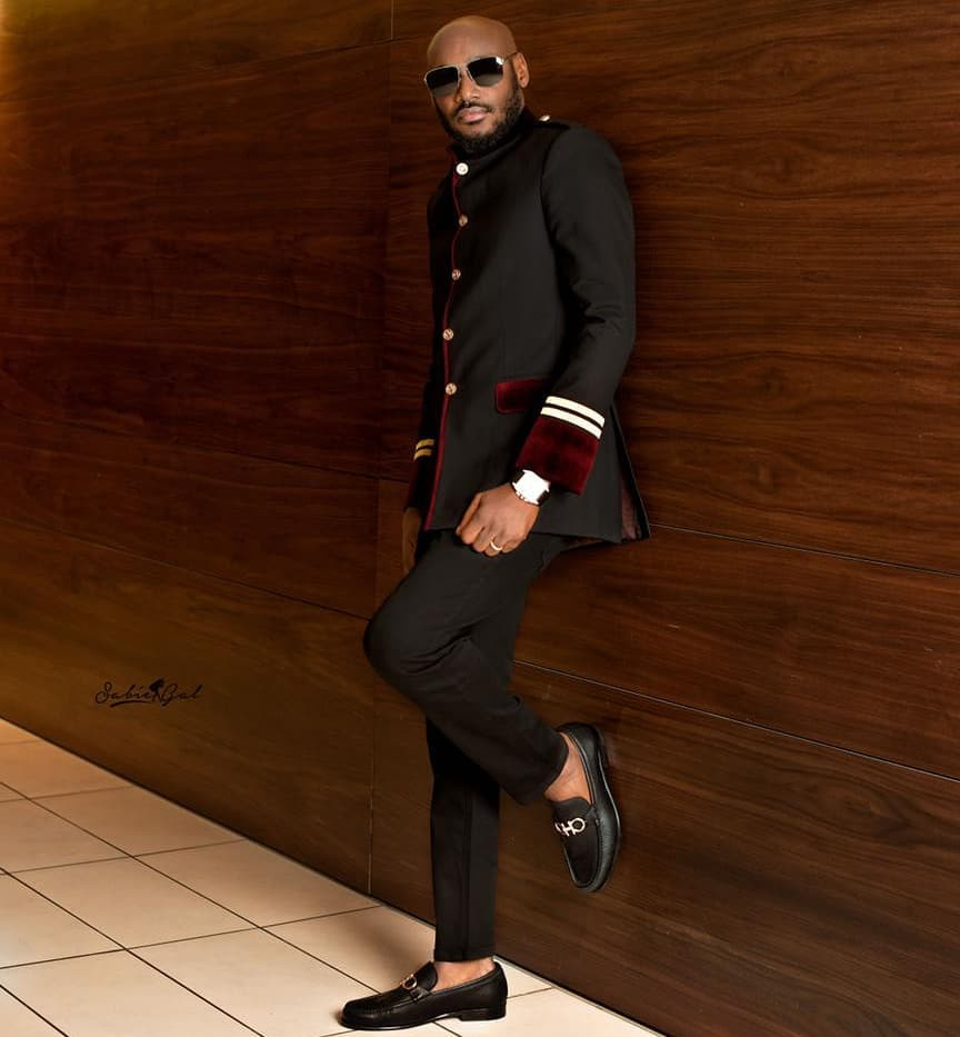 2face Idibia holds wife, Annie Idibia