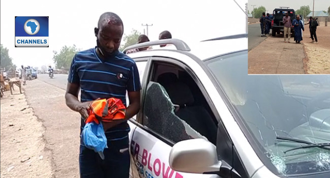 Mob attack vehicle conveying journalists to school where students were abducted from in Zamfara