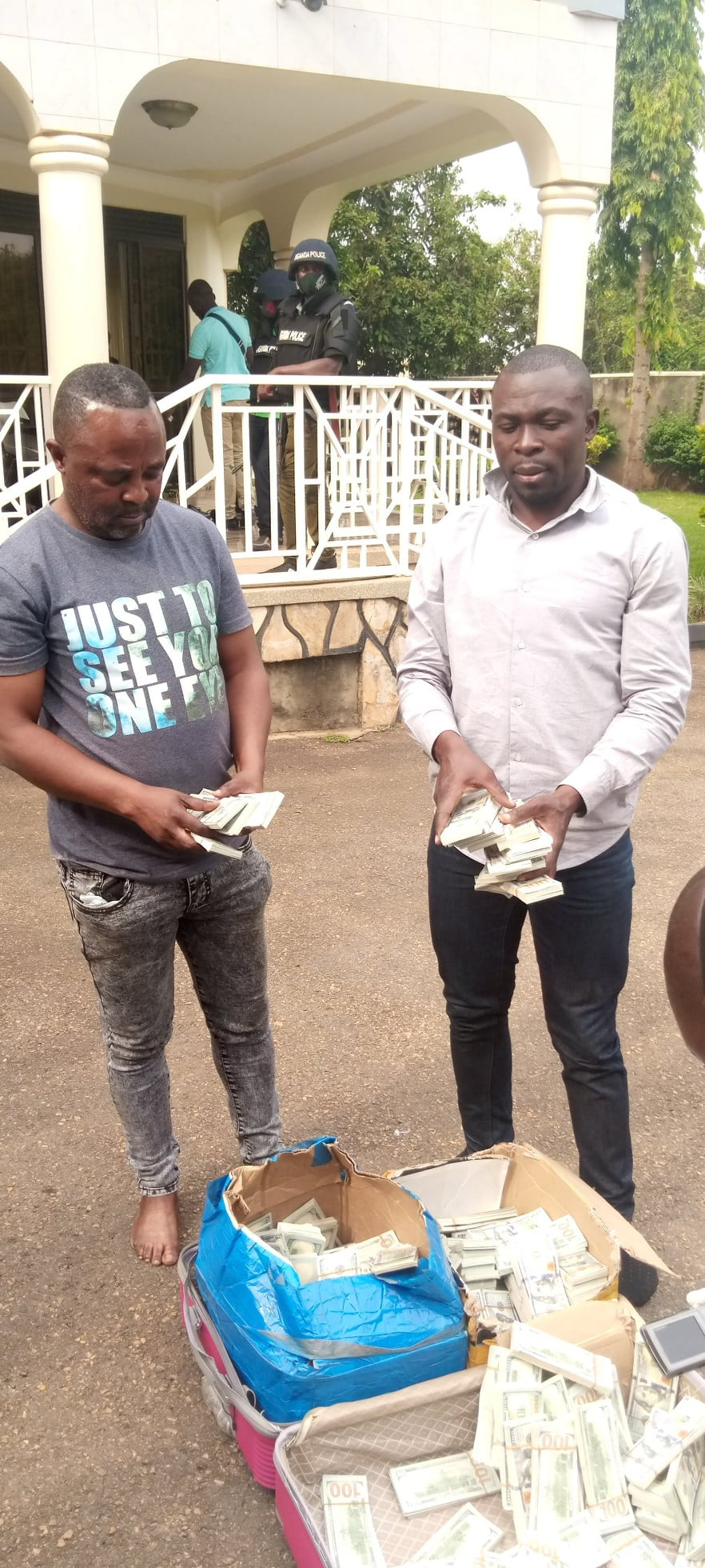 Two Nigerians, 6 others arrested as Uganda Police bust fake dollar and gold racket