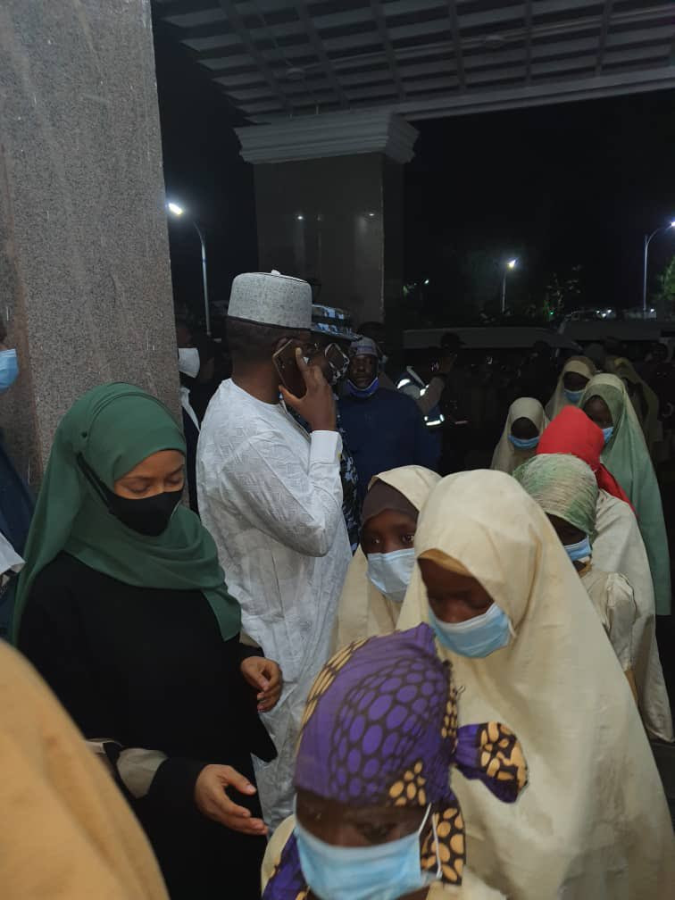 Freed Jangebe schoolgirls abducted by bandits last Friday in the State House (photos)