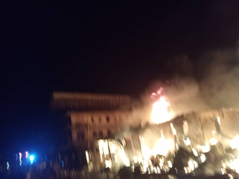 Fire outbreak at Onitsha plastic market (photos/video)