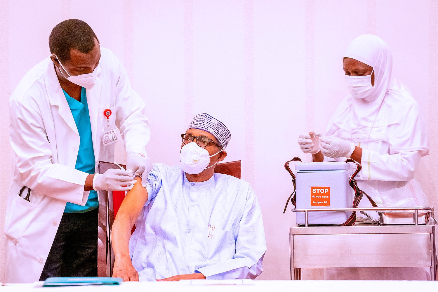 Buhari and Osinbajo receive COVID19 vaccine jabs (photos/Video)
