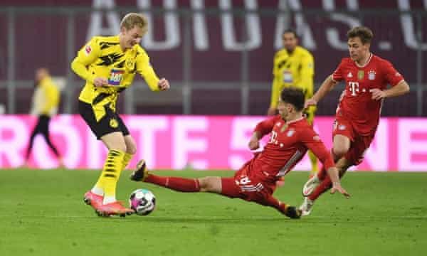 Bayern Munich beat rivals Borrussia Dortmund 4-2 despite being down by two goals in first ten minutes (photos)