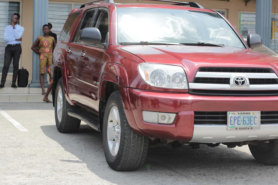 Newly wed young man surprises his pastor with a new SUV in Port Harcourt