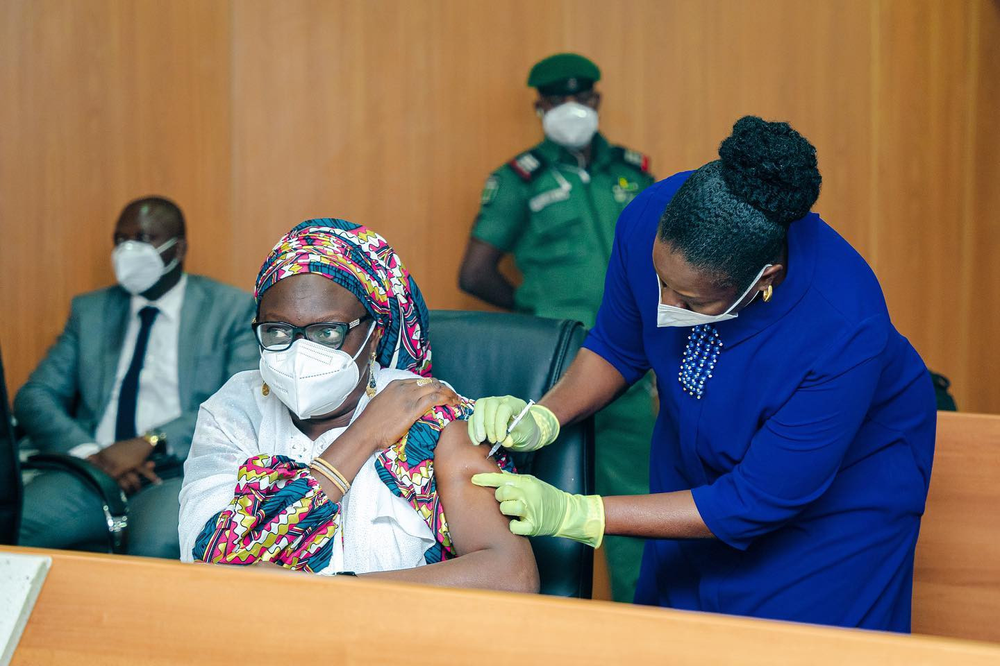 Ogun state governor, Dapo Abiodun, gets vaccinated as the state takes delivery of 50, 000 doses of COVID19 vaccine (photos)