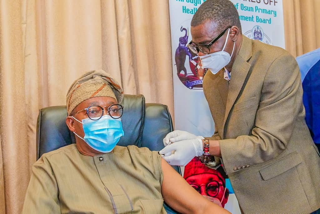 Some Nigerian Governors seen taking COVID19 vaccines (photos)