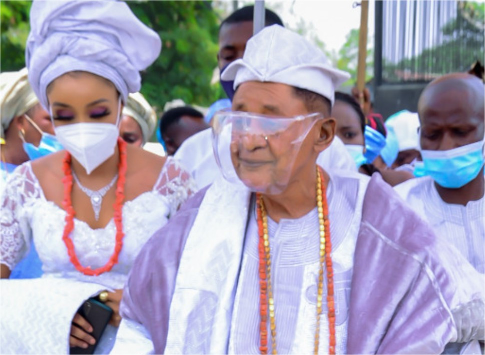 Alaafin of Oyo marries his 13th wife, Olori Chioma Adeyemi