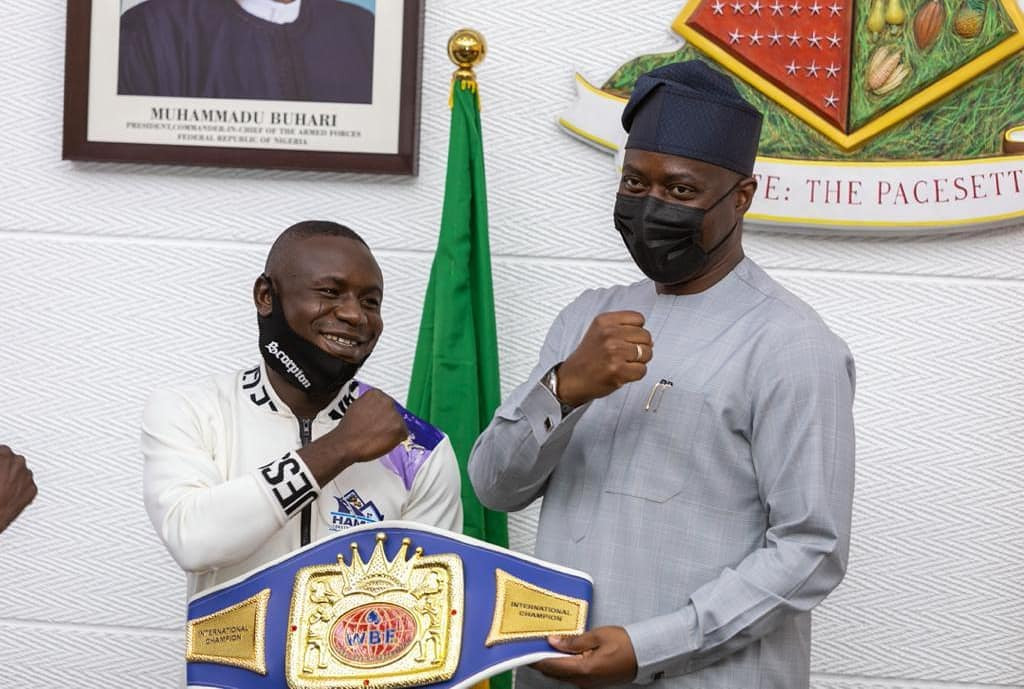 Ridwan Oyekola, Nigerian WBF boxing champion, attacked by unknown persons shortly after he received N10m cheque from Governor Makinde