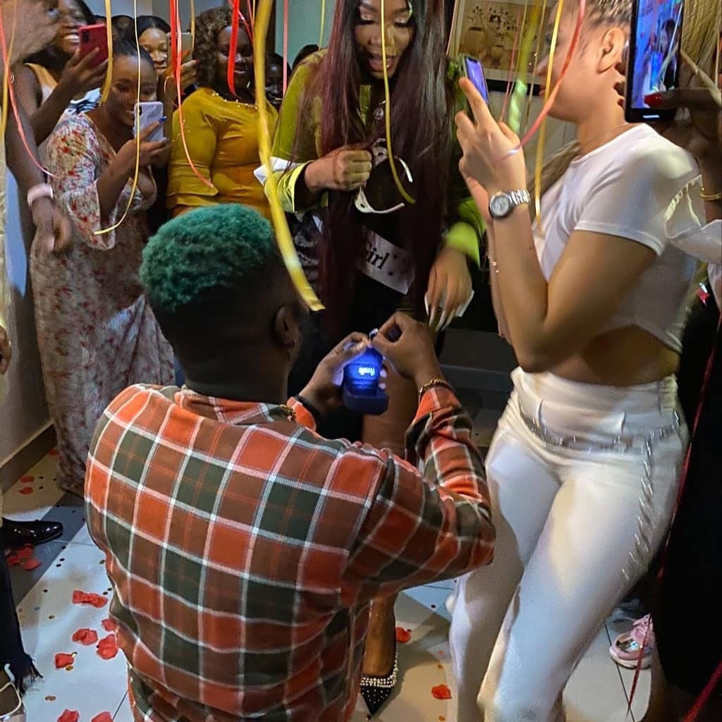 ?She said YES? ? Singer Skales proposes to his girlfriend  (video)