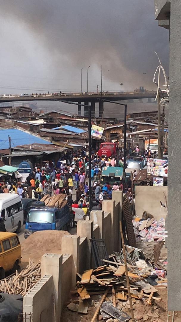 Fire razes houses in Okobaba, Ebute Metta (video/photos)
