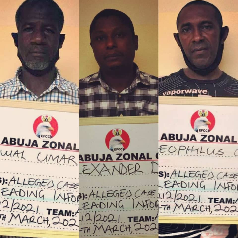 Three men accused of giving EFCC false information about ex-Minister of Agriculture, Audu Ogbeh, remanded in prison (photos)