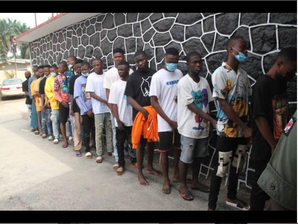18 suspected internet fraudsters arrested in Ogun?