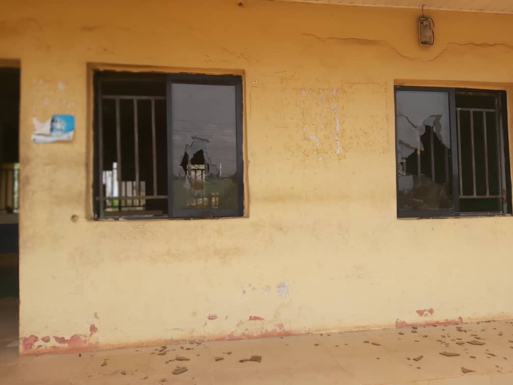 One police officer dies after gunmen attacked police station in Imo (photos)