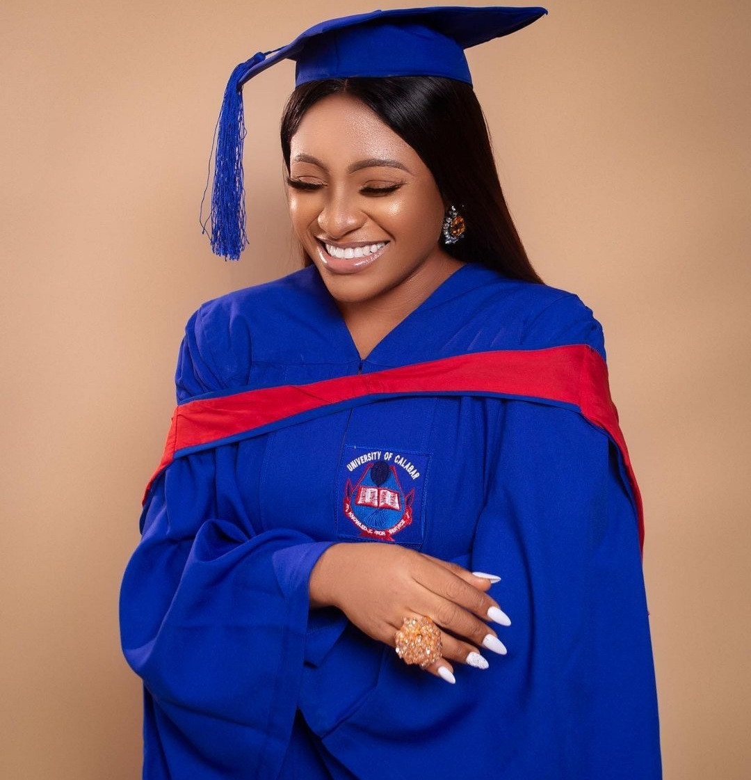 Nursing mum who sat for exam while heavily pregnant becomes first and only graduate with First Class in her department