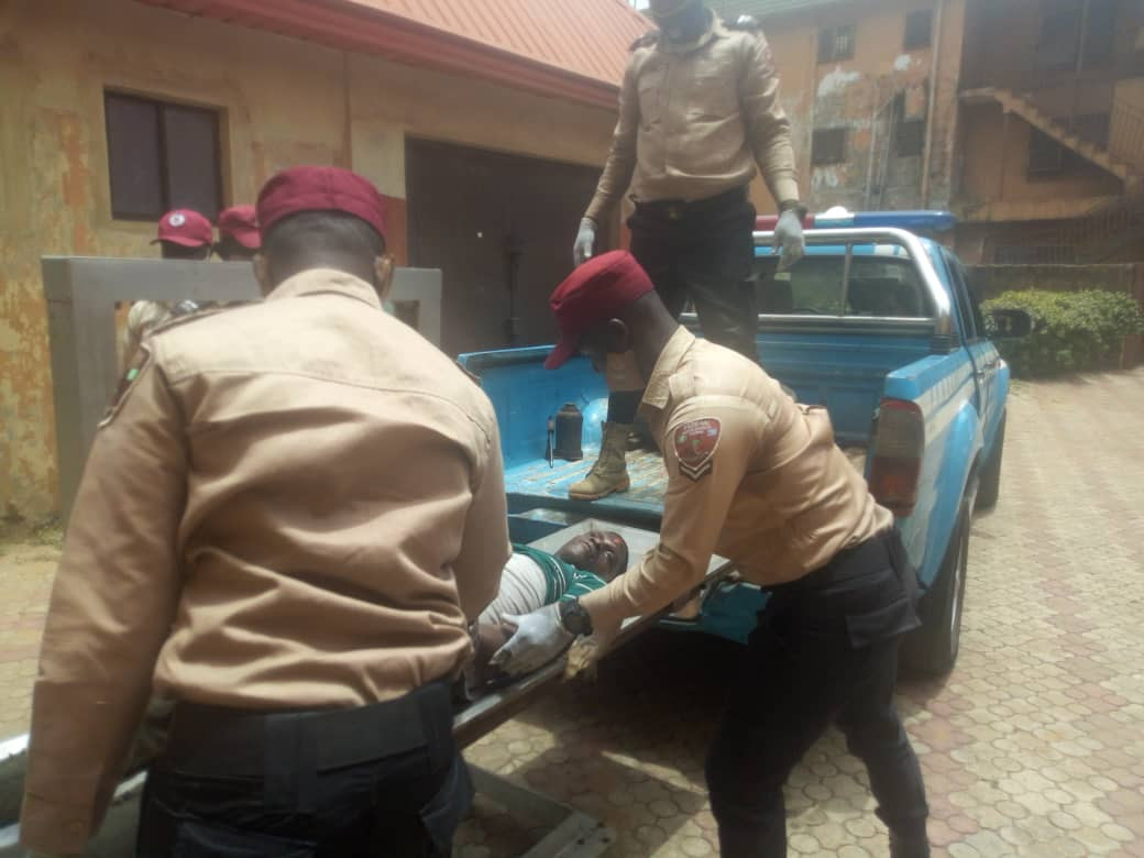 Man dies in lone fatal accident in Anambra (photos)