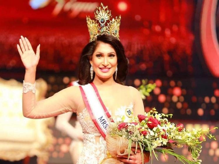 Watch Mrs. Sri Lanka lose her beauty queen crown after it