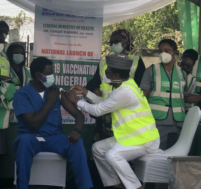 """""""One person can?t receive different COVID vaccine brands"""" Executive Director of NPHCDA, Faisal Shuaib, warns"""