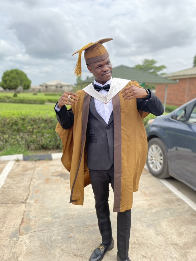 Singer Bad Boy Timz shares pictures from his graduation ceremony (Photos)