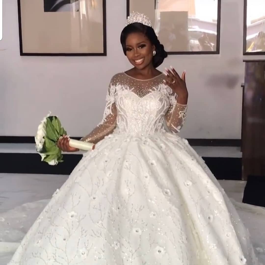 Photos from the white wedding of comedian, Arole