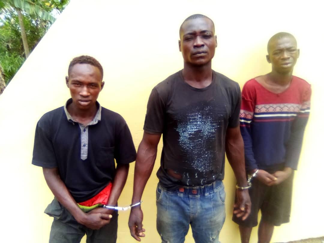 Police arrests three suspected members of a kidnap gang terrorizing Lagos/Ibadan expressway