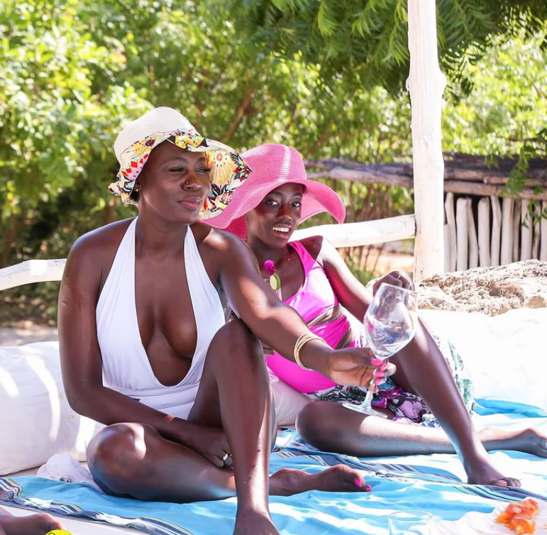 """You better cry in Dubai than cry in Kanyamkago"" -? Kenyan musician, Akothee advises her daughter to choose money over love (video)"