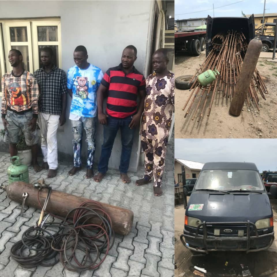 Lagos police reject N500, 000 bribe offered to them by suspects arrested with stolen construction materials (photos)