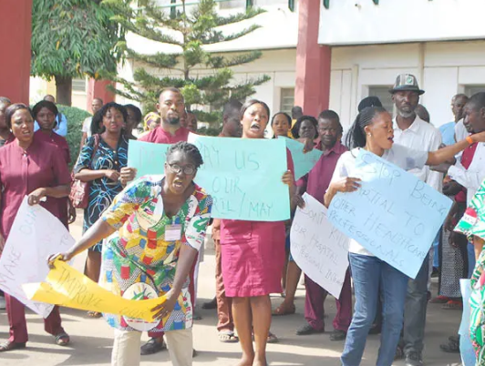 Ogun health workers go on strike after kidnapped colleagues regain freedom