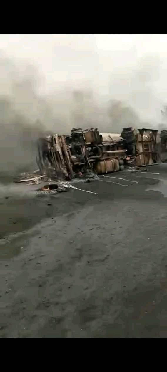 Many feared dead as fuel tanker explodes in Benue