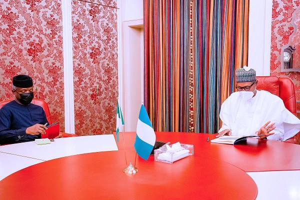 President Buhari receives briefings from VP Yemi Osinbajo (photos)