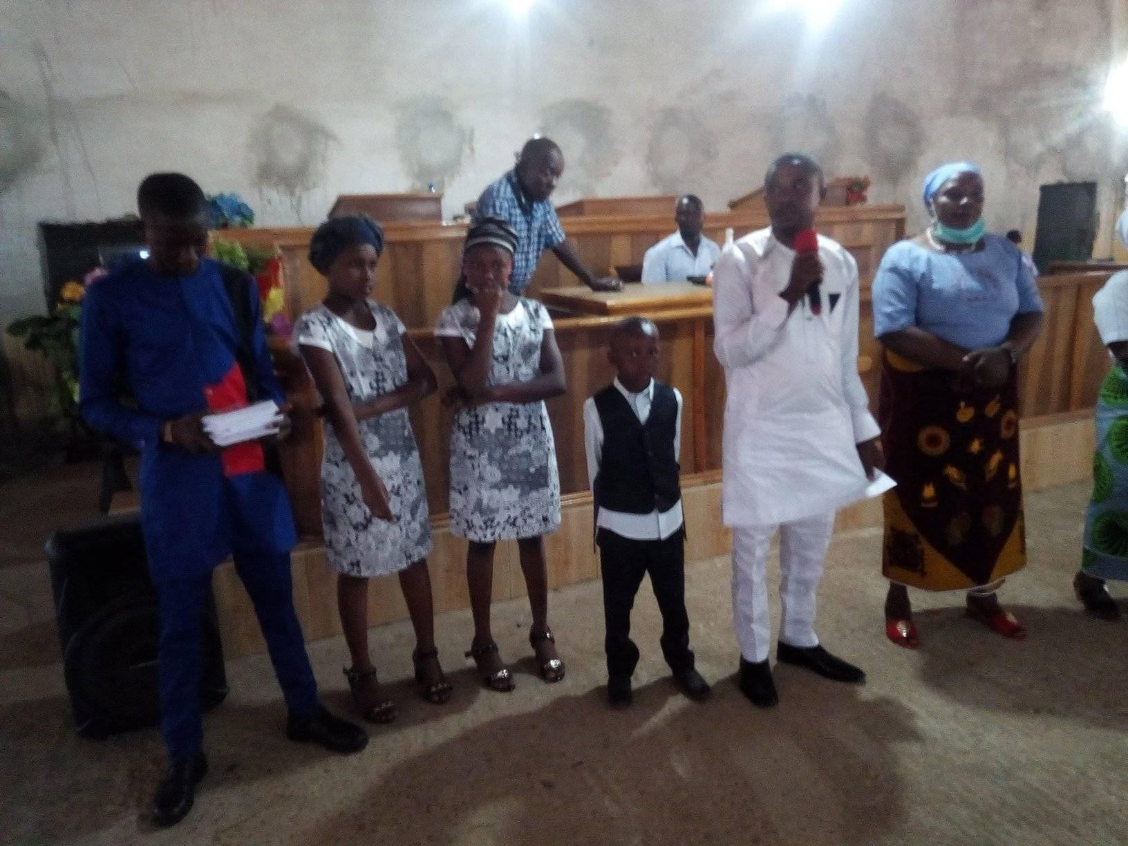 """""""Take heart"""" - Friends rally round Nigerian man as church allegedly cancels his wedding after his baby mama stormed the venue claiming to be married to him"""