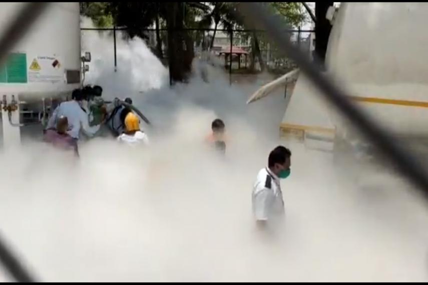 Oxygen leak leaves 22 Covid-19 patients dead in India (Video)
