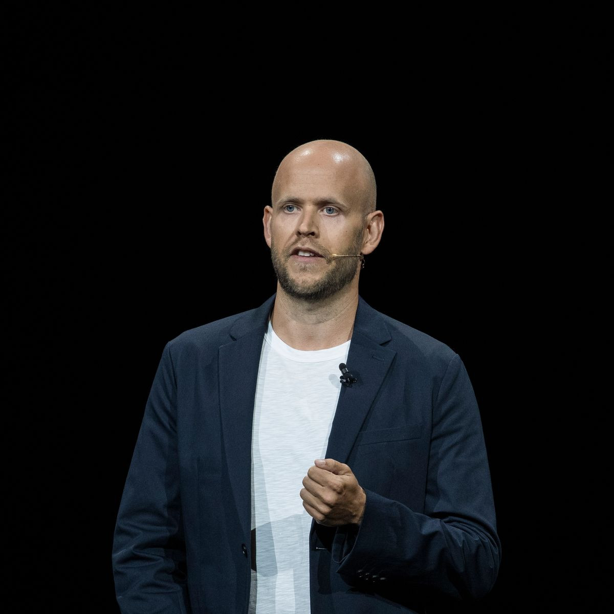 Arsenal legends Thierry Henry, Dennis Bergkamp and Patrick Vieira join Spotify founder worth ?3.4bn in take over bid of the football club